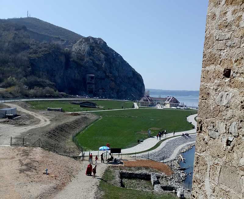 Pogled sa prozora Golubačke tvrđave